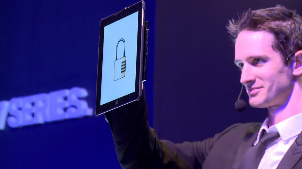 iPad Magician USA